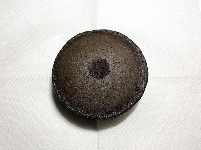 ビターチョコ色の黒いどら皮